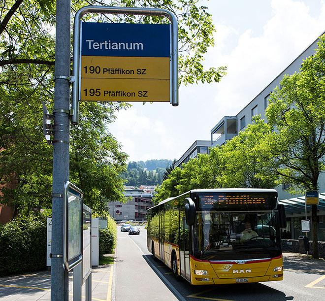 ROSSOROSSO - Bushaltestelle Tertianum